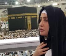 صورة لطيفة التونسية في مكة بعد أن أدت العمرة
