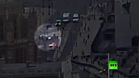 بالفيديو شاهد حادث دهس أمام مقر البرلمان البريطاني