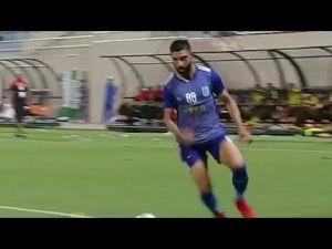 اسست رائع من المدفعجي احمد عبد الحليم ويساهم بفوز فريقه في الدوري العماني