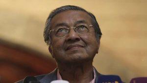 رئيس الوزراء الماليزى مهاتير محمد أكبر زعماء العالم سنا… صور