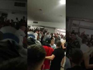 بالفيديو مضاربة بين مشجعى ليستر سيتى وتوتنهام فى مباراة ملاكمة