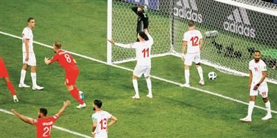 الإعلام الإنجليزي يحتفل بالفوز الصعب الذي حققه المنتخب الإنجليزي على نظيره التونسي