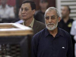 """محكمة جنايات القاهرة تؤجل محاكمة بديع و738 آخرين في قضية """"فض رابعة"""""""