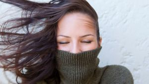 4 خلطات لحماية شعرك من قساوة الشتاء