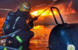 """""""مدني تبوك"""" يُخمد حريقاً اندلع في مستودع أثاث بطريق المدينة المنورة"""