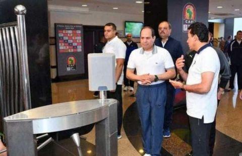 رئيس مصر يفاجئ لاعبي المنتخب المصري قبل أيام من أمم أفريقيا
